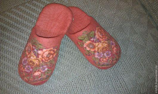 """Обувь ручной работы. Ярмарка Мастеров - ручная работа. Купить Тапочки женские домашние """" Терракотовый букет"""". Handmade. Рыжий"""