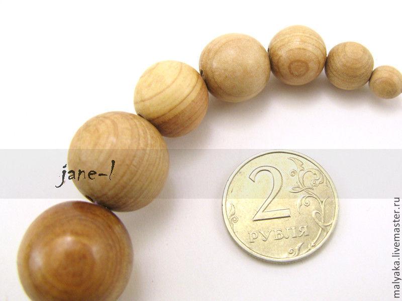 Абсолютно натуральные, можжевеловые бусины без лака. Доступны в размере 7, 10, 13, 15, 18, 20, 23, 25 и 30мм  Пожалуйста, уточняйте наличие при заказе.