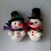 Подарки к праздникам ручной работы. Ярмарка Мастеров - ручная работа Ёлочная игрушка Снеговик. Handmade.