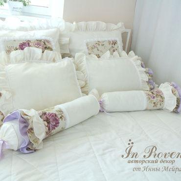 Для дома и интерьера ручной работы. Ярмарка Мастеров - ручная работа Текстильный комплект в спальню в стиле Шебби Шик сливочно-сиреневый. Handmade.
