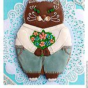 Сувениры и подарки handmade. Livemaster - original item Gingerbread cat with a bouquet . The carrot on March 8, Birthday. Handmade.