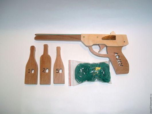 Развивающие игрушки ручной работы. Ярмарка Мастеров - ручная работа. Купить Резинкострел (деревянный пистолет,стреляющий резинками). Handmade. Бежевый