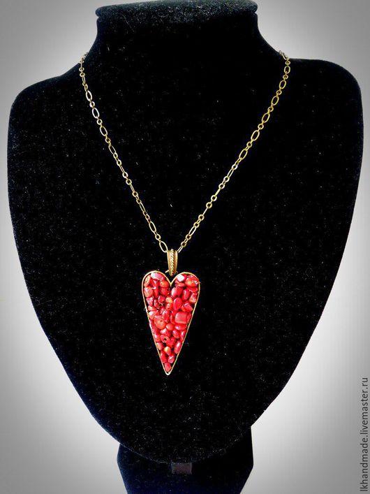 """Кулоны, подвески ручной работы. Ярмарка Мастеров - ручная работа. Купить Кулон """"Коралловое сердце"""". Handmade. Ярко-красный, красный"""