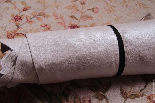 Шитье ручной работы. Ярмарка Мастеров - ручная работа. Купить №266.Белый перламутр?1 мм.1кг. Натуральная кожа. Handmade.
