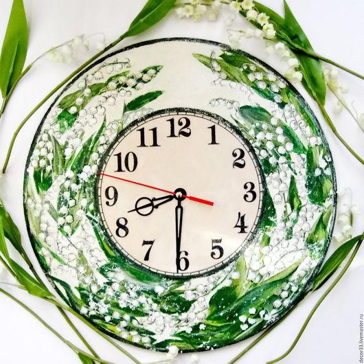 Часы для дома ручной работы. Ярмарка Мастеров - ручная работа. Купить Часы Цветение ландышей. Handmade. Комбинированный, букет ландышей
