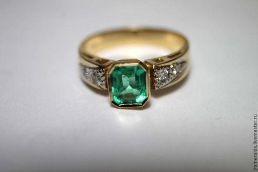 Кольца ручной работы. Ярмарка Мастеров - ручная работа. Купить Классический Шик! Колумбийский изумруд с бриллиантами золотое кольцо. Handmade.