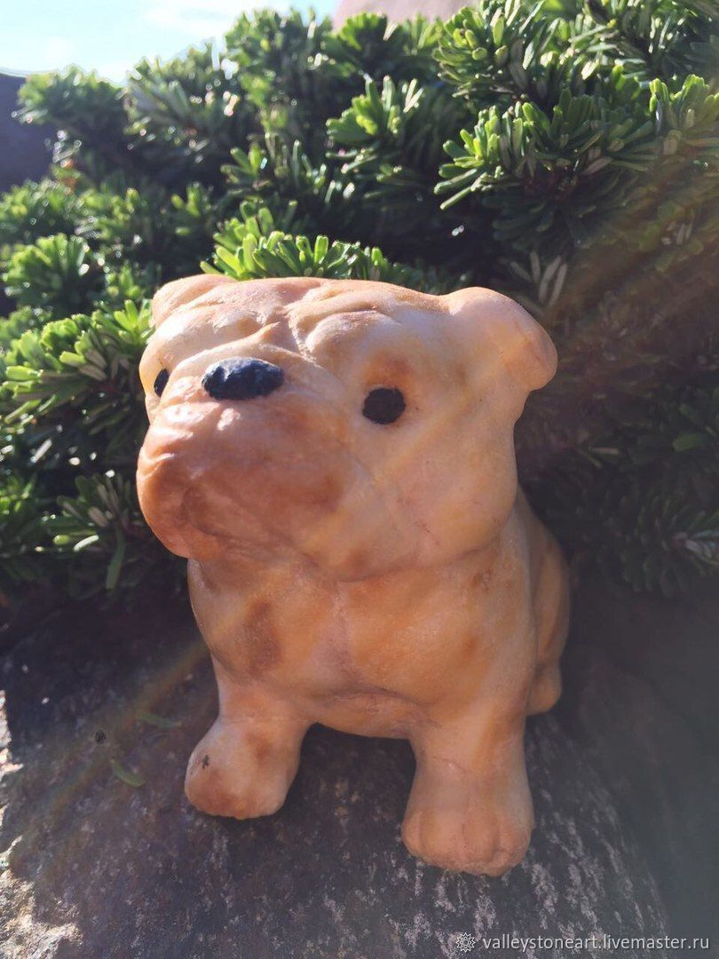 Фигурка собаки  резная из камня Мопс, Статуэтки, Москва,  Фото №1