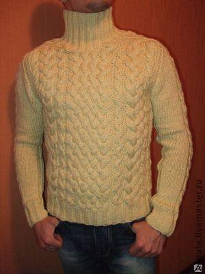 Оригинальный рисунок, светлый свитер, мужской. Элегантно и тепло.