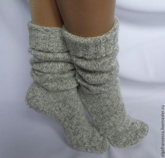 гольфы, носки, носки шерстяные, носки вязаные, новогодний подарок, новый год, рождество, подарок на новый год, сапожки для дома, сапожки вязаные, чулки вязаные, теплые носки, подарок девушке, носочки