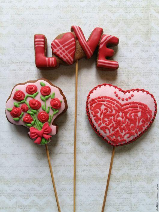 """Подарки для влюбленных ручной работы. Ярмарка Мастеров - ручная работа. Купить Медовые пряники на палочке """" sweet love"""". Handmade."""