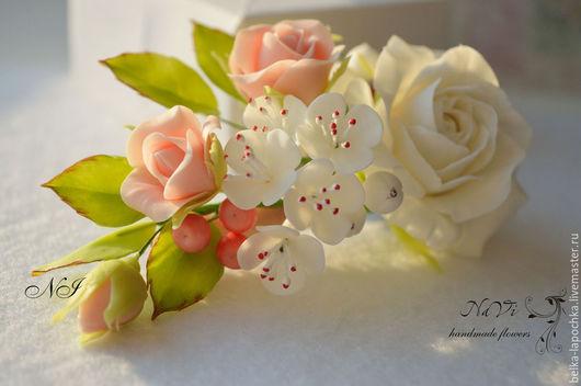 Заколки ручной работы. Ярмарка Мастеров - ручная работа. Купить Заколка с нежными цветочками. Handmade. Разноцветный, цветы, авторская работа
