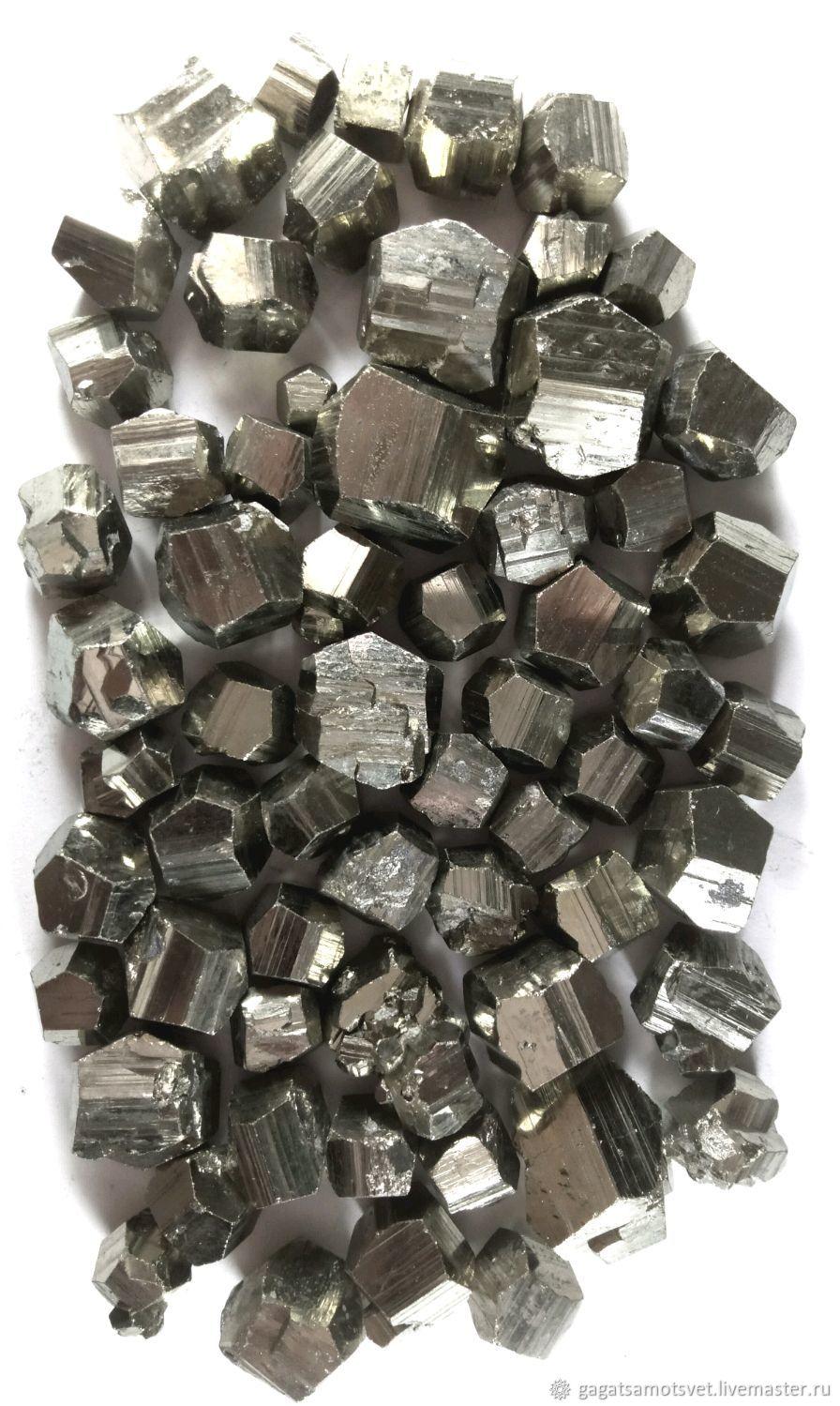 Pyrite ( crystals and aggregates ), Peru ( Wanzala), Cabochons, St. Petersburg,  Фото №1