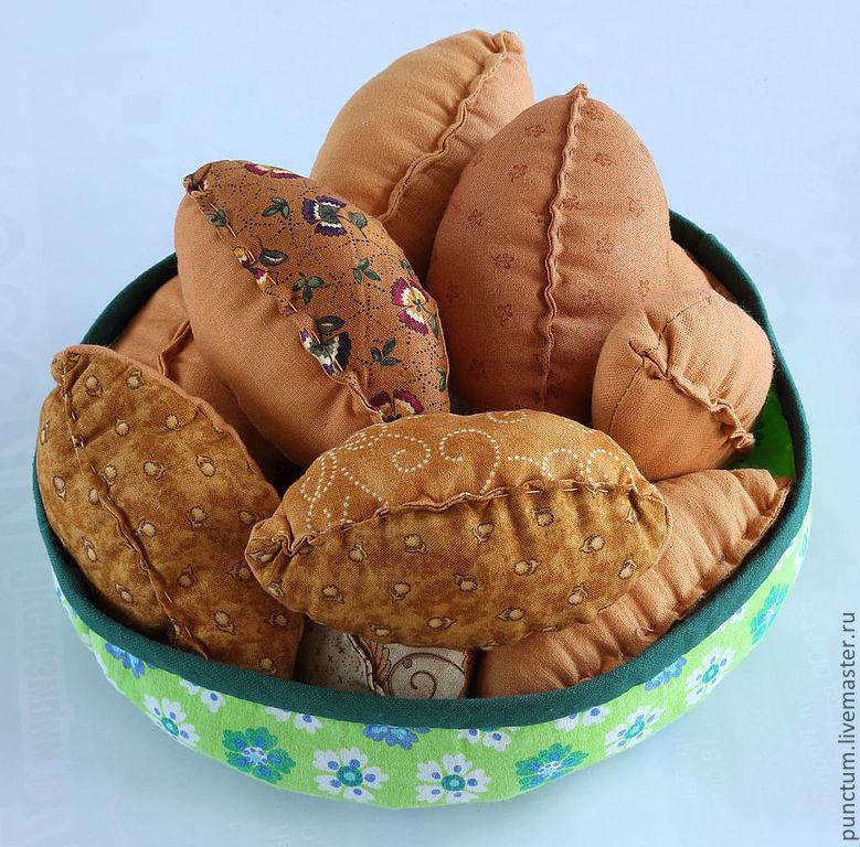 """Русские традиции. Я румяный пирожок, ну ка съешь меня дружок ...........Ваша дочка будет в восторге, играя в """"семью"""". Накрывая на стол, угощая гостей. Девочки счастливы походить на свою маму"""
