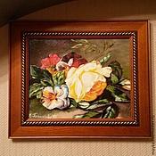 """Картины и панно ручной работы. Ярмарка Мастеров - ручная работа Картина """"Роза и Виолы"""". Handmade."""