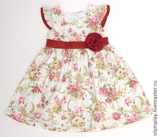 Платье выполнено из 100% хлопка, с подкладкой - также из хлопка.