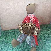 Мягкие игрушки ручной работы. Ярмарка Мастеров - ручная работа Мягкие игрушки: Медведь с гармошкой. Handmade.