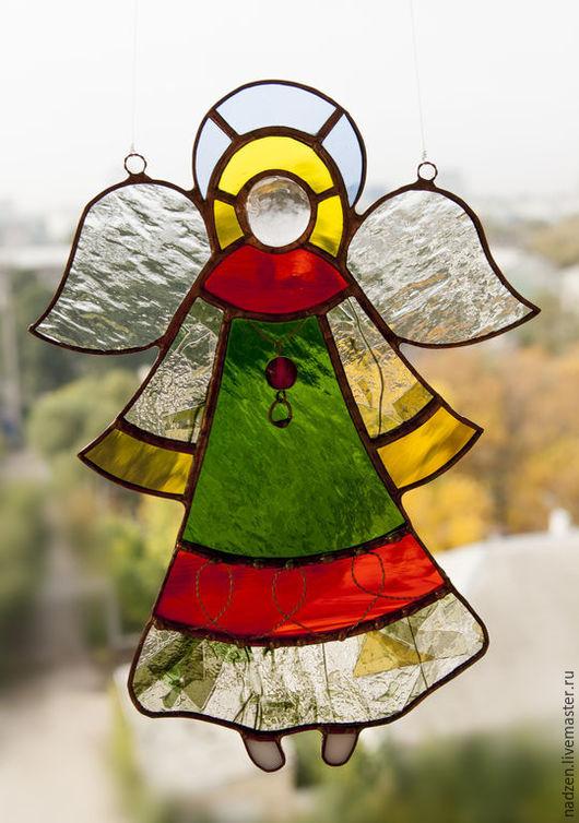 Ангел из цветного стекла в технике тиффани