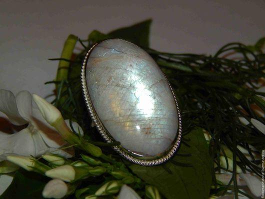 """Кольца ручной работы. Ярмарка Мастеров - ручная работа. Купить Кольцо """"Луноликая"""" из лунного камня. Handmade. Комбинированный, кабошон"""
