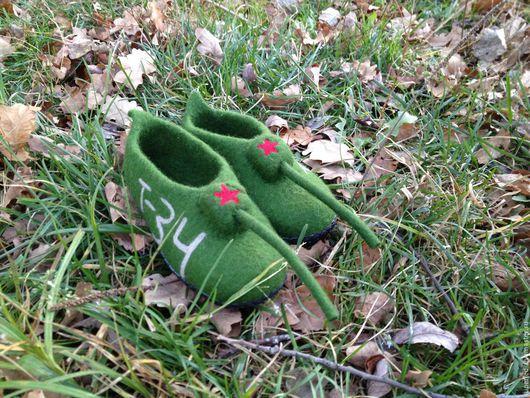 Обувь ручной работы. Ярмарка Мастеров - ручная работа. Купить Тапки - танки детские валяные. Handmade. Зеленый, тапки из войлока