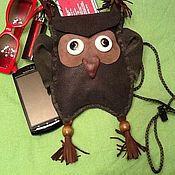 Чехол ручной работы. Ярмарка Мастеров - ручная работа Чехол для телефона кожа Совенок через плечо. Handmade.