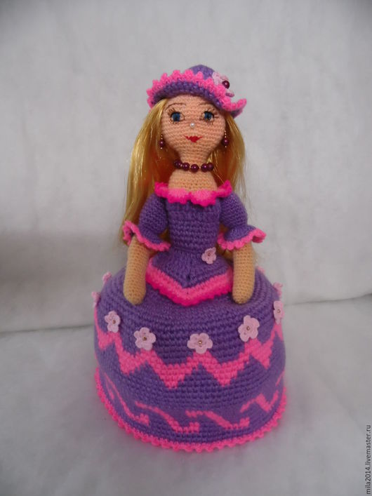 Кухня ручной работы. Ярмарка Мастеров - ручная работа. Купить Кукла грелка на чайник. Handmade. Сиреневый, вязание на заказ, ткань