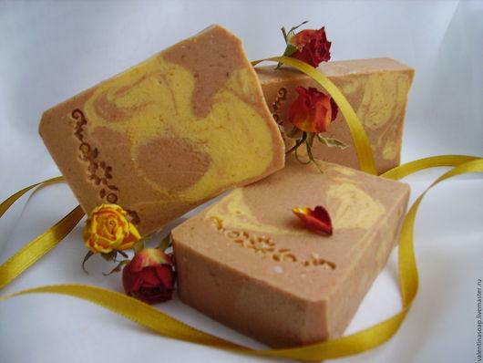 """Мыло ручной работы. Ярмарка Мастеров - ручная работа. Купить Мыло с нуля """"Загадка календулы"""" с облепихой и розовой глиной.. Handmade."""