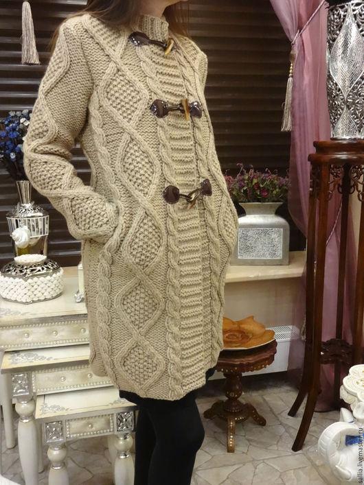 Верхняя одежда ручной работы. Ярмарка Мастеров - ручная работа. Купить Кардиган или пальто связаное косами. Handmade. Бежевый