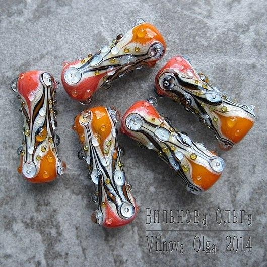 Длина в диапазоне 31-34мм. Возможно изготовление бОльшего размера, а также других оттенков - вместо абрикосового и кораллового.