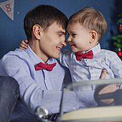 Аксессуары ручной работы. Ярмарка Мастеров - ручная работа Комплект галстуков-бабочек Папа-сын красного цвета в горошек. Handmade.