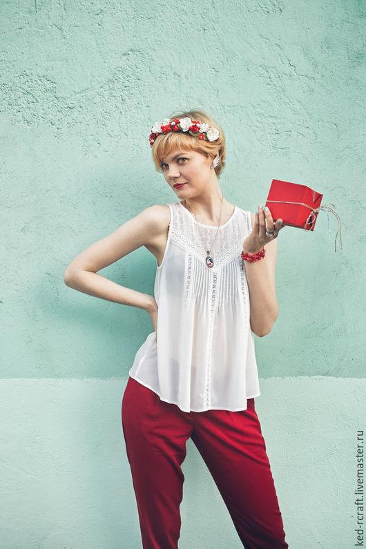 Диадемы, обручи ручной работы. Ярмарка Мастеров - ручная работа. Купить Красный цветочный венок Украшение для волос Греческая повязка невесты. Handmade.