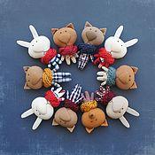 Куклы и игрушки ручной работы. Ярмарка Мастеров - ручная работа Брошь Кот Заяц Лис. Handmade.