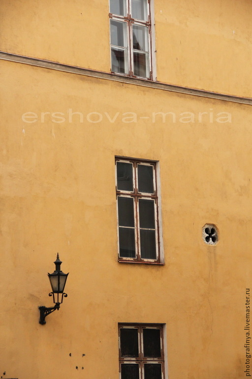 Стена старинного дома. Авторская фотокартина. Ершова Мария