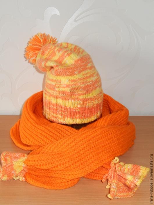 Шапки ручной работы. Ярмарка Мастеров - ручная работа. Купить Вязаная шапка с помпоном. Handmade. Оранжевый, шапка с помпоном