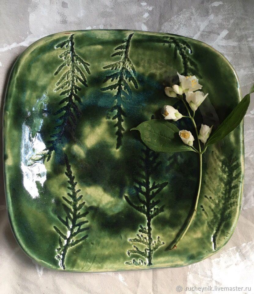 Тарелки ручной работы. Ярмарка Мастеров - ручная работа. Купить Тарелка 'Туя'. Handmade. Деревья, ботаника, лесной, тарелочка