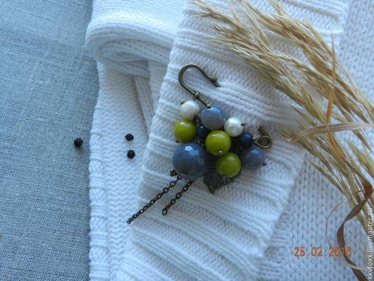 """Броши ручной работы. Ярмарка Мастеров - ручная работа. Купить """"Туманная олива"""" булавка. Handmade. Оливковый, брошь с камнями, металл"""