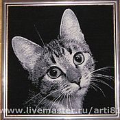"""Картины и панно ручной работы. Ярмарка Мастеров - ручная работа Вышитая картина """"Грустный кот"""". Handmade."""