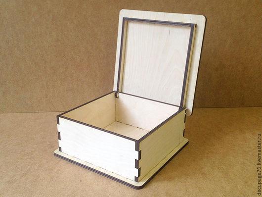 Шкатулка с откидной крышкой (продается в разобранном виде) Размер: 20х20х9 см Внутренний размер: 16,5х16,5х7 см Материал: фанера 6 мм