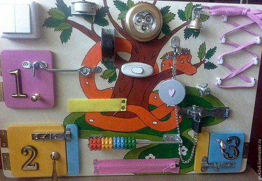 Развивающие игрушки ручной работы. Ярмарка Мастеров - ручная работа. Купить Бизиборд 1. Handmade. Комбинированный, подарок ребенку, Фонарик