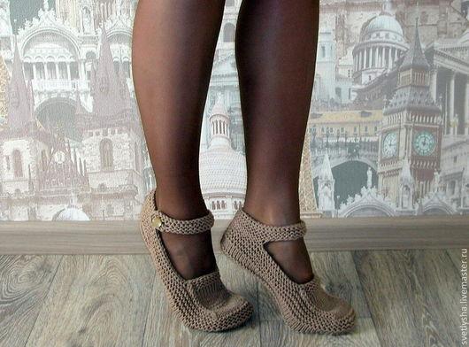 Обувь ручной работы. Ярмарка Мастеров - ручная работа. Купить Вязаные тапочки. Handmade. Коричневый, Тапочки ручной работы, следки