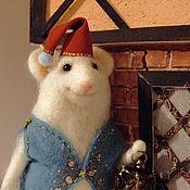Куклы и игрушки ручной работы. Ярмарка Мастеров - ручная работа Мышонок с фонариком. Handmade.