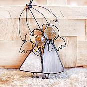Для дома и интерьера ручной работы. Ярмарка Мастеров - ручная работа ангелы с зонтиком витраж бронь. Handmade.
