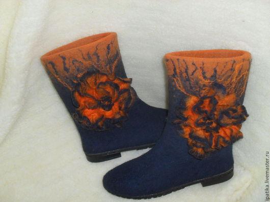 Обувь ручной работы.Валяные сапожки на подошве `Огонь и лёд ` Ручная работа iPatika. Ярмарка Мастеров. (могут быть декорированы на ваше усмотрение).