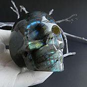 Большой череп из Лабрадора. Резьба по камню.