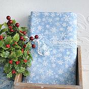 Материалы для творчества ручной работы. Ярмарка Мастеров - ручная работа Новогодняя  ткань голубая в снежинки. Handmade.