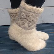 Носки ручной работы. Ярмарка Мастеров - ручная работа Носки вязаные валяные с орнаментом из собачьей шерсти (пух хаски). Handmade.