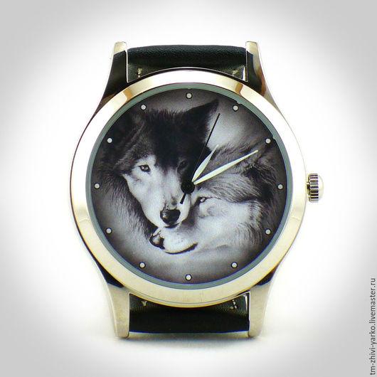 """Часы ручной работы. Ярмарка Мастеров - ручная работа. Купить Часы наручные женские  """"Волки"""". Handmade. Часы, купить часы"""