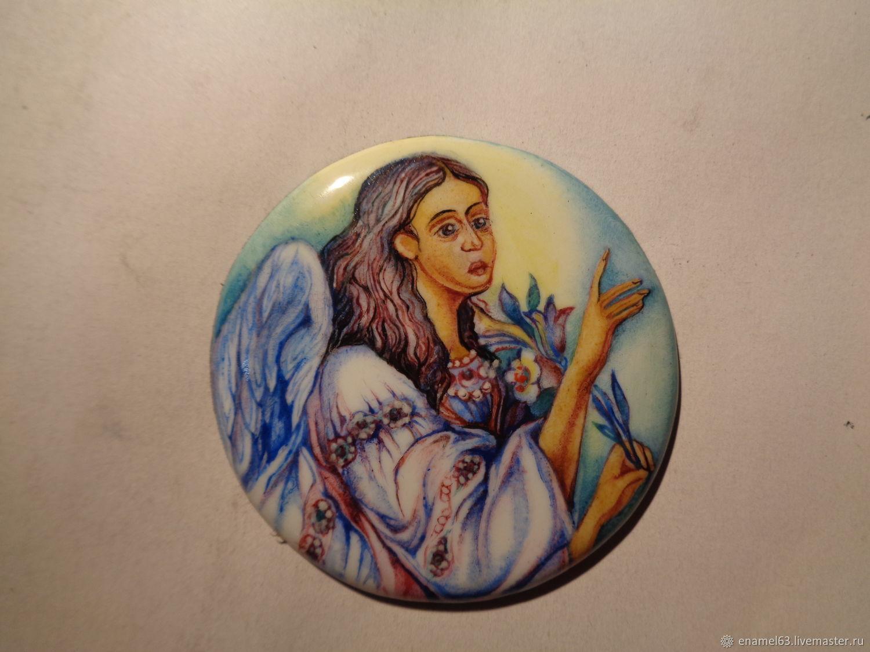 Painting on enamel