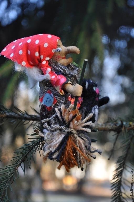 """Новый год 2017 ручной работы. Ярмарка Мастеров - ручная работа. Купить """"Баба-Яга и кот"""". Handmade. Елочные игрушки"""