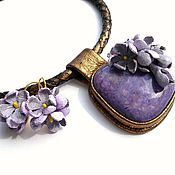 Украшения handmade. Livemaster - original item Pendant and earrings made of leather with charoite and the Scent of lilac. Handmade.