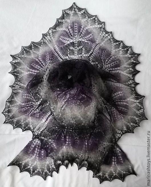 """Шали, палантины ручной работы. Ярмарка Мастеров - ручная работа. Купить Ажурная шаль """"Черная лилия"""". Handmade. Комбинированный, Кауни"""